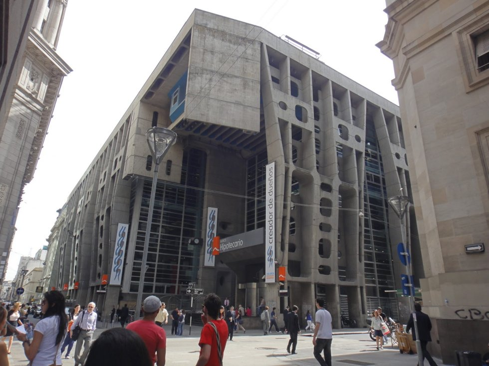 Bank of London - Clorindo Testa