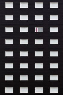 Black facade & white windows facade - 01