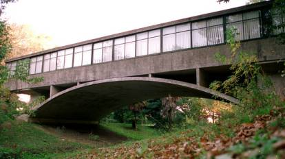 Bridge house - Amancio Williams