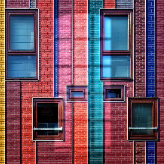 Colorfull bricks facade & windows - 01