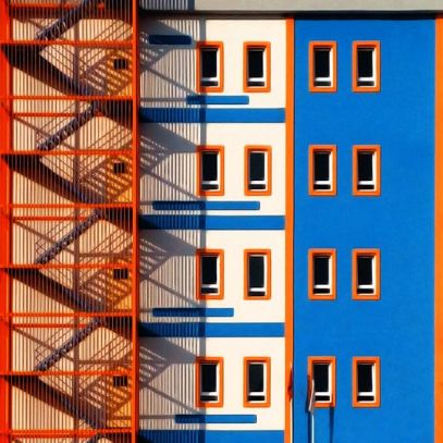 Colorfull facade & stairs - 01
