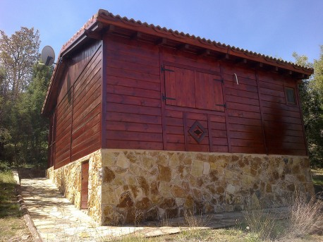 El Monte de Los Cortos - Cabaña piedra / madera