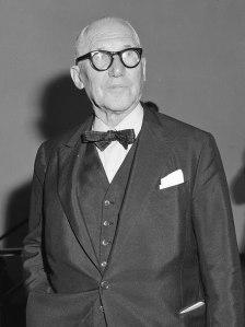 Le_Corbusier_(1964)_Stedelijk_Museum-01
