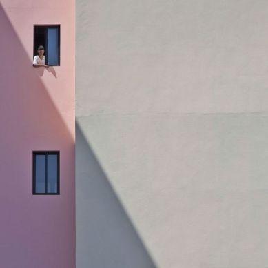 Sepia minimalist facade (Serge Najjar)